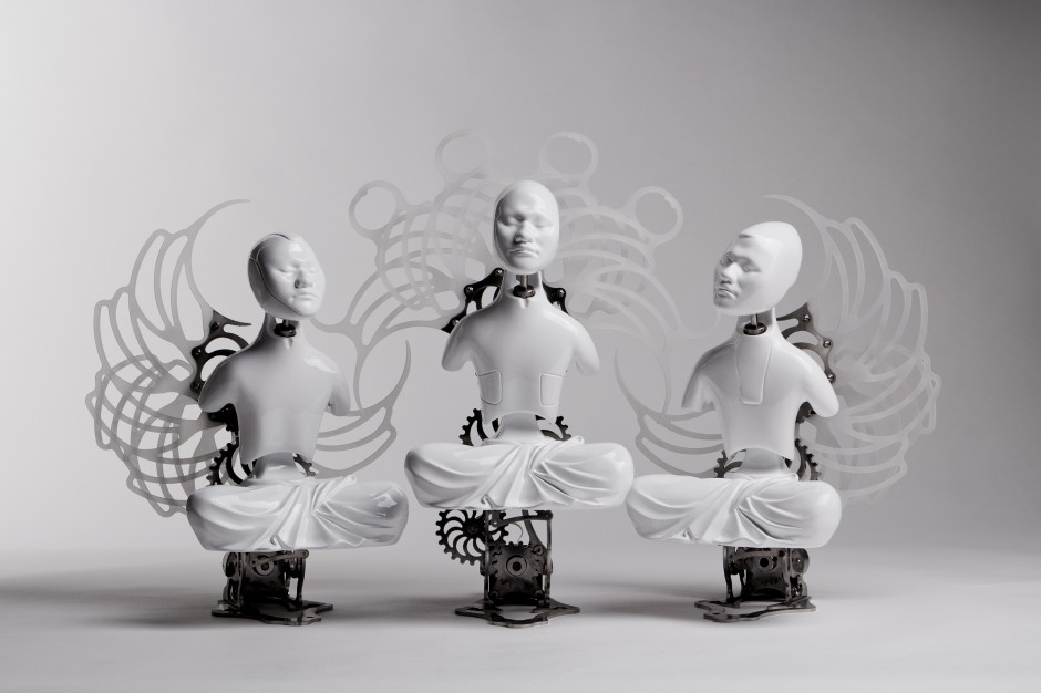 19-buddha-z nirvana_urethane, metallic material, machinery, electronic device (CPU board, motor)_size 40(h) x 33(w) x 23(d)cm_2010